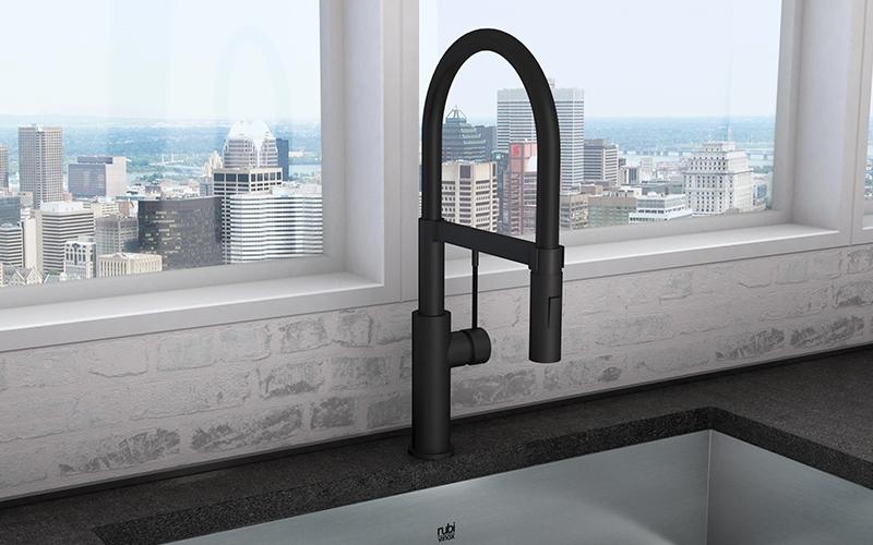 Soba kitchen faucet